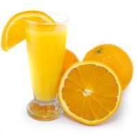 Imagem da notícia: Sumo de laranja é mais corrosivo que branqueamento dentário