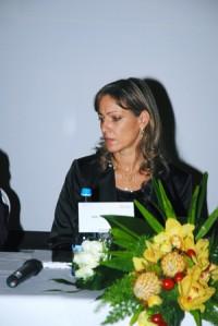 Imagem da notícia: Vanda Urzal reúne amigos para apresentar obra inédita