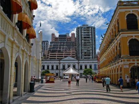 Imagem da notícia: Macau: caminho para médicos dentistas portugueses