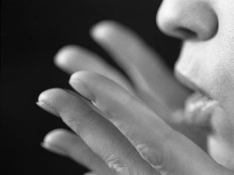 Imagem da notícia: Cancro do estômago pode detetar-se através do hálito