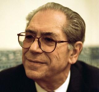 Imagem da notícia: APMDH homenageia António Arnaut