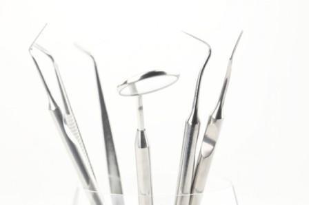 Imagem da notícia: Falta de material interrompe tratamentos dentários