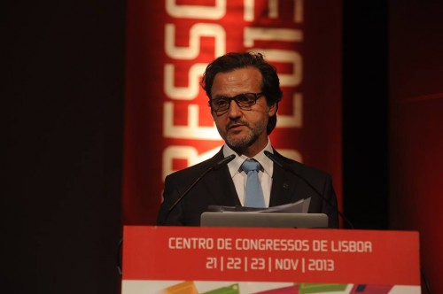 Imagem da notícia: Bastonário da OMD recebe título Doutor Honoris Causa a 15 de janeiro