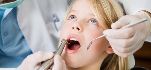 """Imagem da notícia: """"Números da Ordem 2015"""" apontam para aumento de dentistas"""