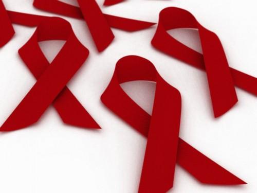 Imagem da notícia: Utilização de cheques dentistas por doentes com HIV atinge os 87%