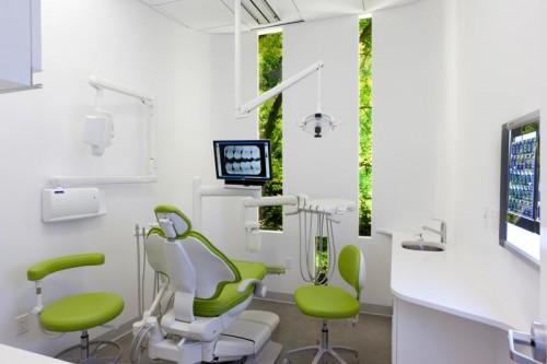 Imagem da notícia: Trespassam-se clínicas dentárias com excelente faturação em França