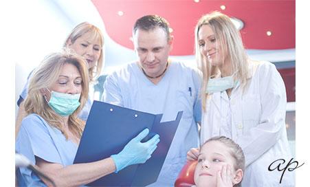 Imagem da notícia: A mulher na medicina dentária