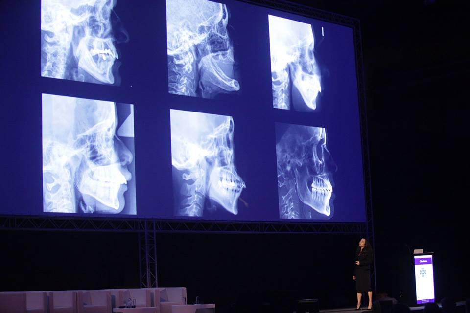 Imagem da notícia: Terminou o maior Congresso de sempre da Ordem dos Médicos Dentistas
