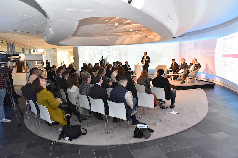 Imagem da notícia: DentalPro em conferência de imprensa europeia sobre IDS