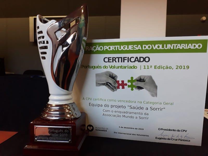 Imagem da notícia: Mundo A Sorrir recebeu Trofeu Português de Voluntariado
