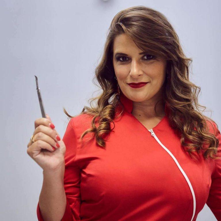Imagem da notícia: Raquel Zita Gomes entre os 100 melhores dentistas do mundo