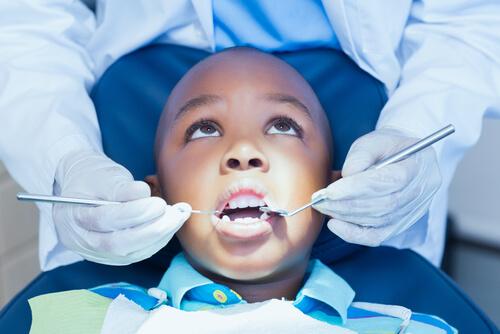 Imagem da notícia: Um terço dos beneficiários não usou o cheque-dentista em 2019