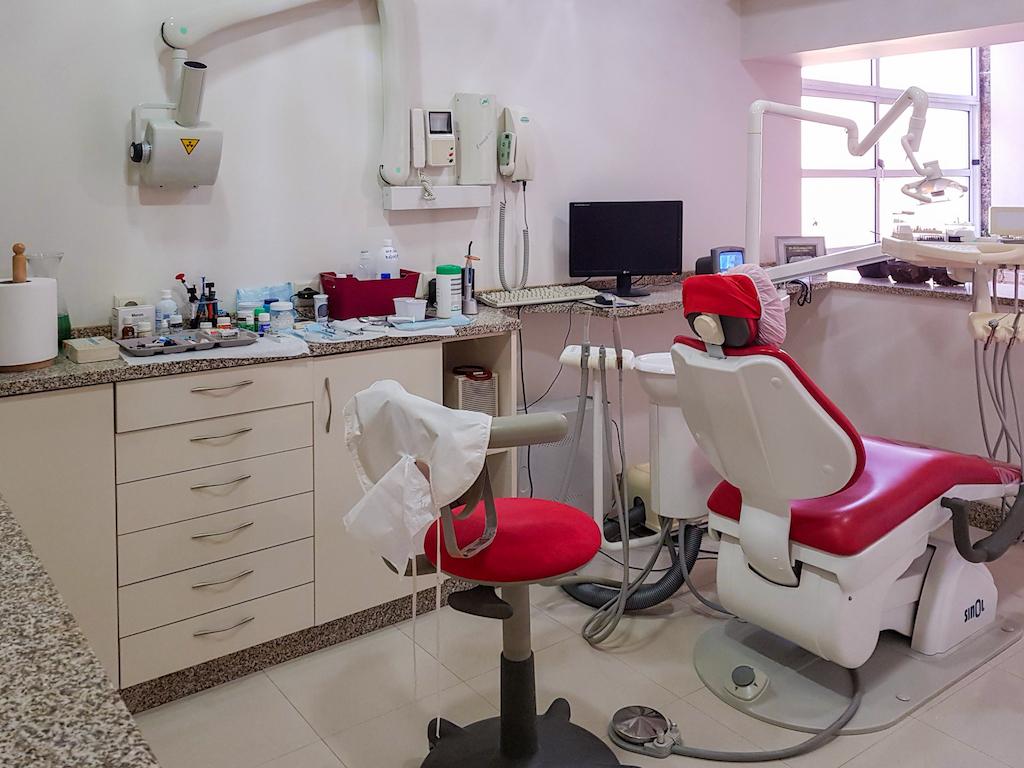 Imagem da notícia: Trespasse de gabinete dentário. Bom preço.