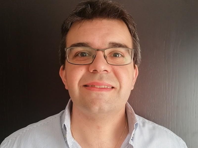 Imagem da notícia: Nélio Veiga: o ensino da medicina dentária em período pandémico