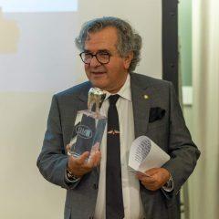 Imagem da notícia: João Pimenta homenageado em encontro do SMD