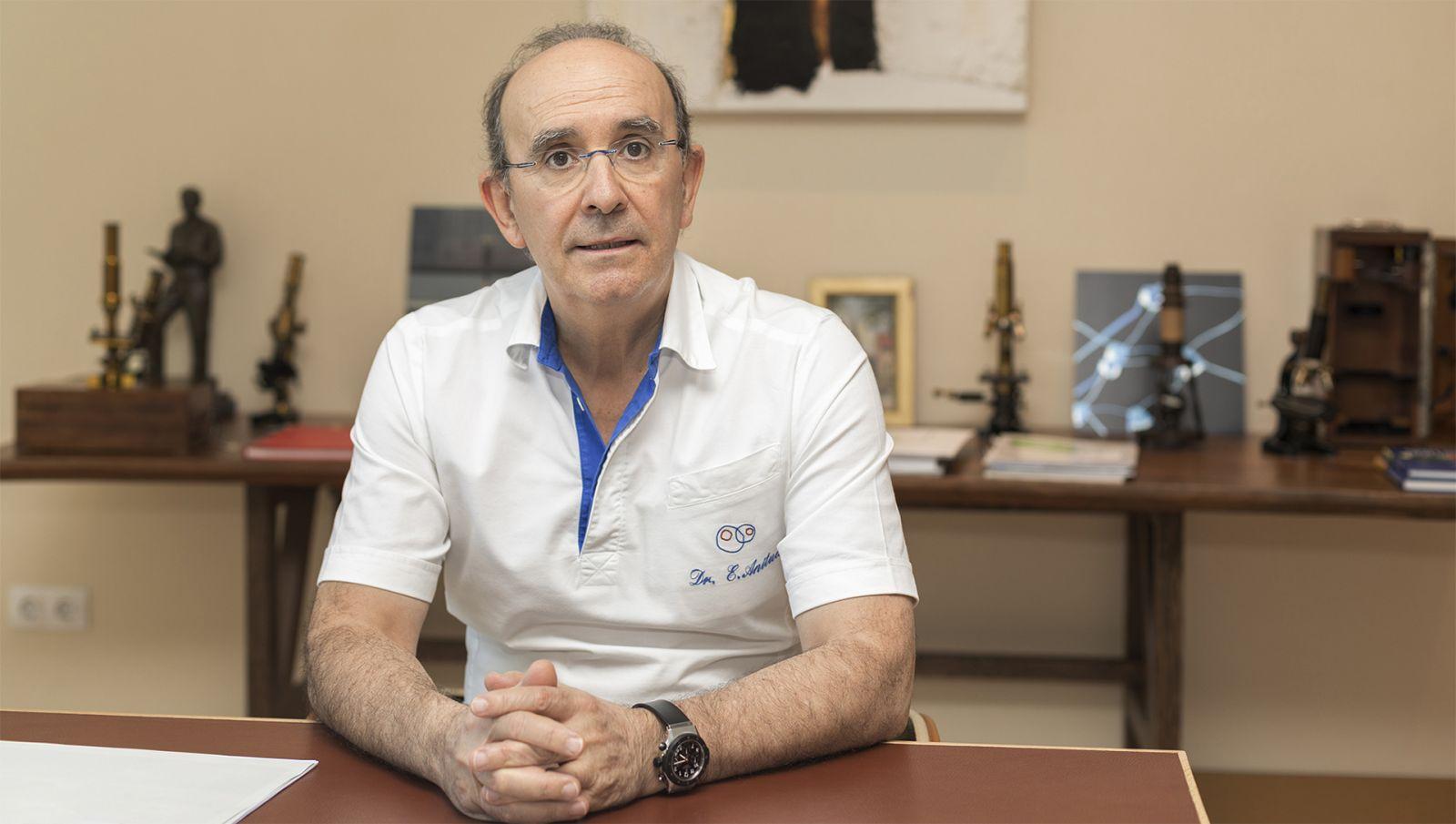 Imagem da notícia: Eduardo Anitua recebe Prémio Nacional de Inovação 2021